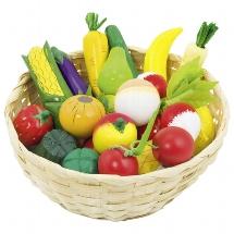 Fruit and vegetables in basket