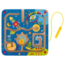 Magnetic maze board space