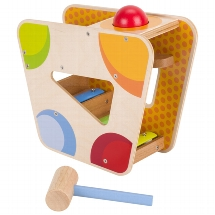 Hammer game with mini xylophone track