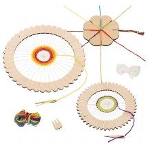 Craft set - round weaving loom and braid flower